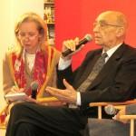 Intérprete de José Saramago (Portugal), Premio Nobelde Literatura.José Saramagon, portugalilaisen Nobel-kirjailijan tulkkinaInterpreting José Saramago (Portugal)Nobel Prize of Literature.